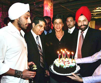 Aishwarya Rai and Shahrukh Khan celebrate birthdays Bollywood