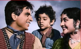 A still from Naya Daur (1957)